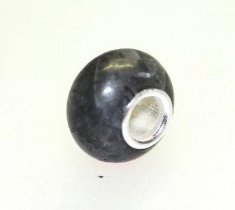 Edelsteen Donker Labradoriet + hele zilveren kern